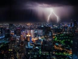 lightning-strike-on-city